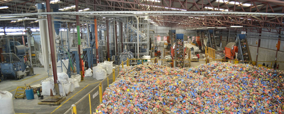 Abb 1 Inbetriebnahme Invema - Bottle-to-bottle Flakes with FDA Approval Now Also in Honduras