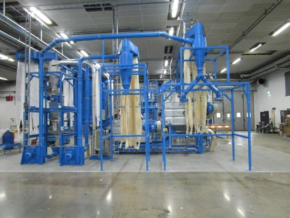 HERBOLD Hartkunststoffanlage 2 - RODEPA is extending the capacity of their washing lines