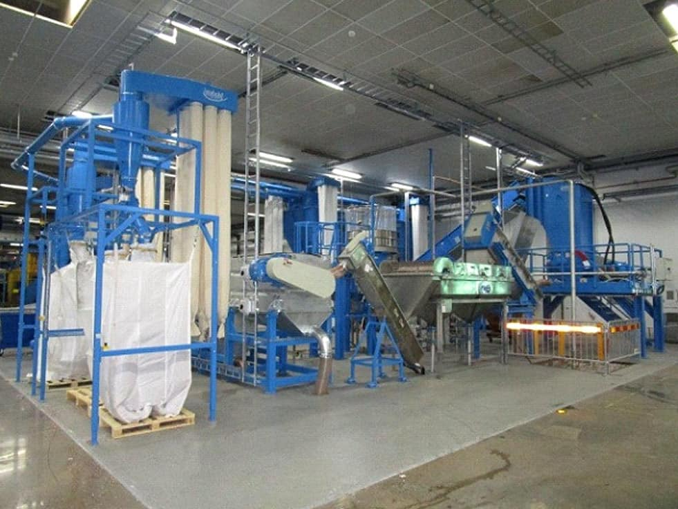 HERBOLD Hartkunststoffanlage 3 - RODEPA is extending the capacity of their washing lines