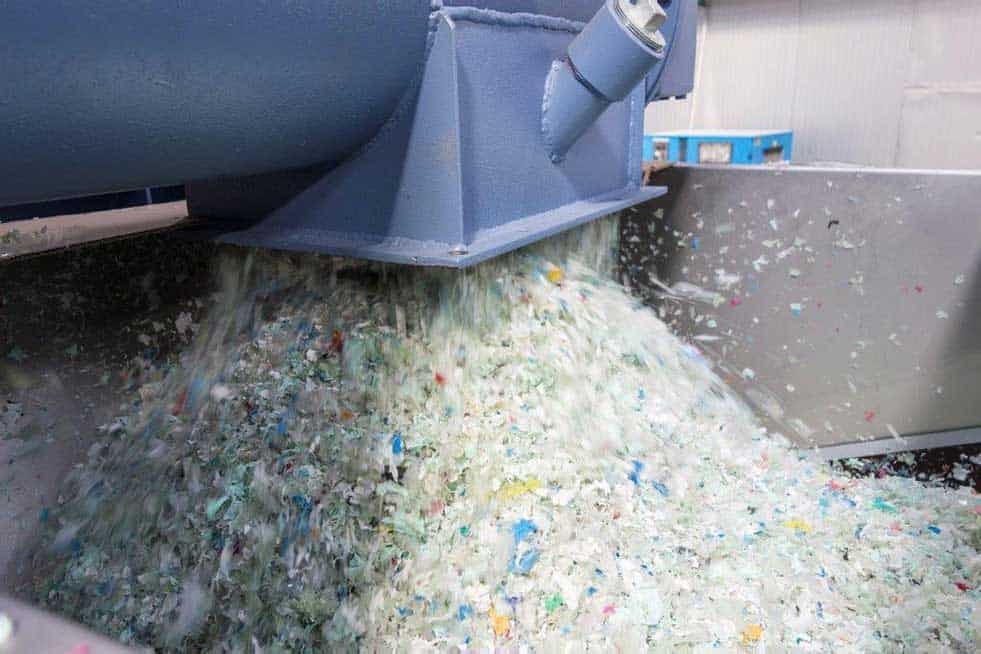 Folienflackes Endprodukt Herbold Meckesheim - Post-consumer PE Film Recycling: also in South Africa now!